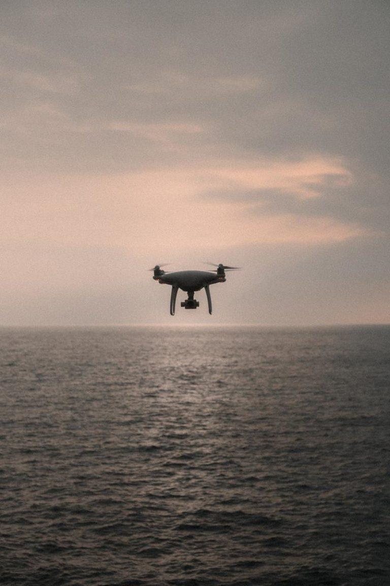 Na co należy zwrócić uwagę kupując dron po raz pierwszy
