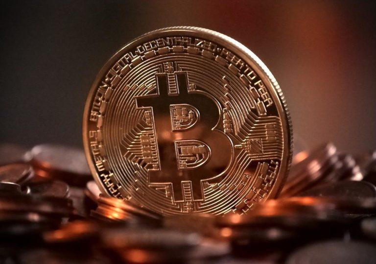Jak można realizować zyski przy inwestowaniu w alternatywnych walut?