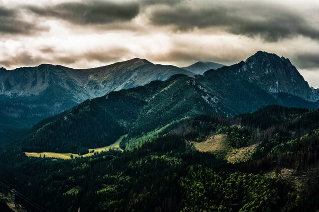 Jakie apartamenty wybrać na urlop w górach?